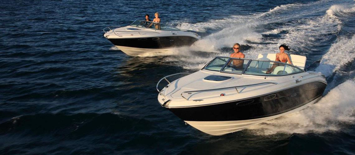 Motoscafi sul lago di Garda